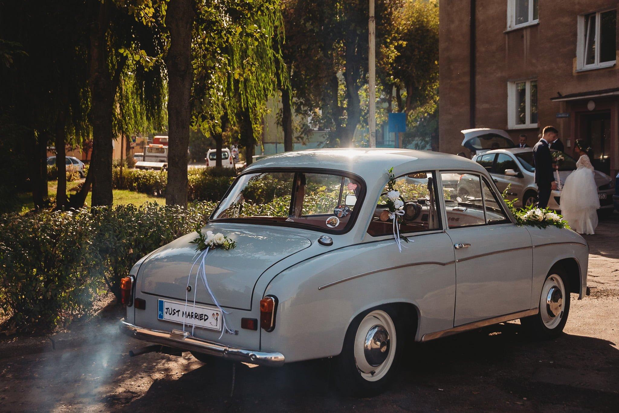 Fantastyczny ślub w stylu rustykalnym, wesele w Kapitańskiej  fotograf ślubny Konin 73