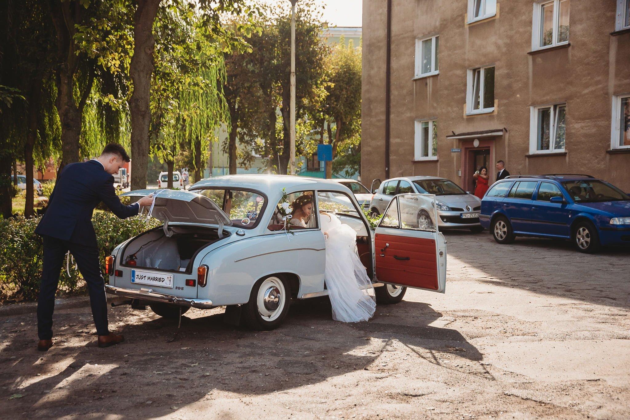 Fantastyczny ślub w stylu rustykalnym, wesele w Kapitańskiej  fotograf ślubny Konin 75