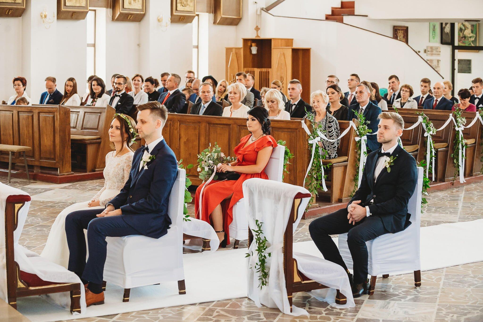 Fantastyczny ślub w stylu rustykalnym, wesele w Kapitańskiej  fotograf ślubny Konin 107