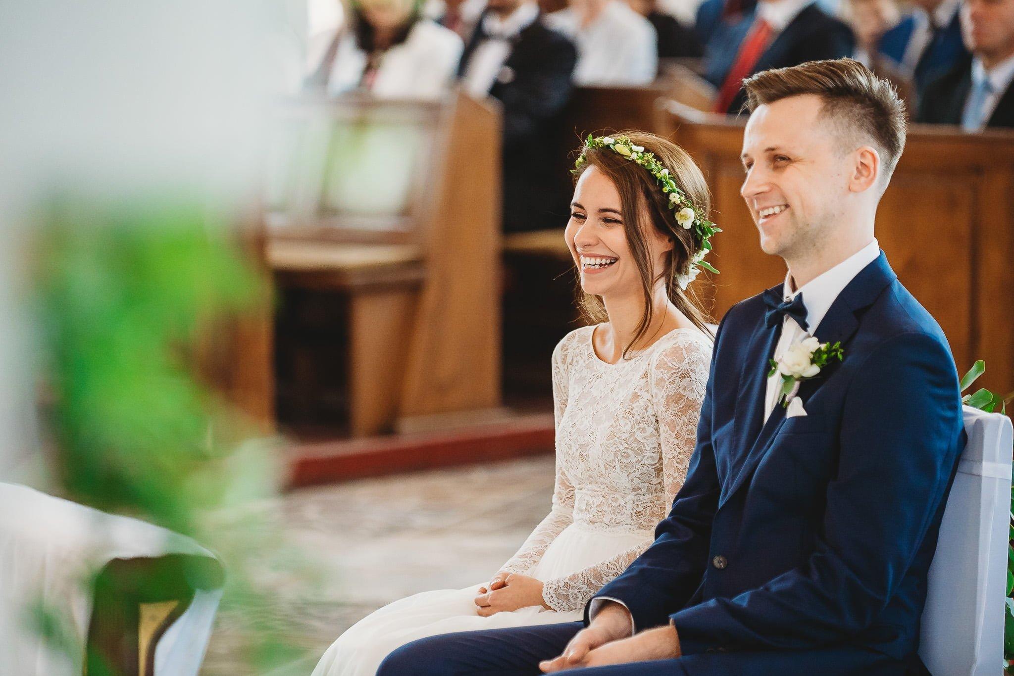 Fantastyczny ślub w stylu rustykalnym, wesele w Kapitańskiej  fotograf ślubny Konin 109