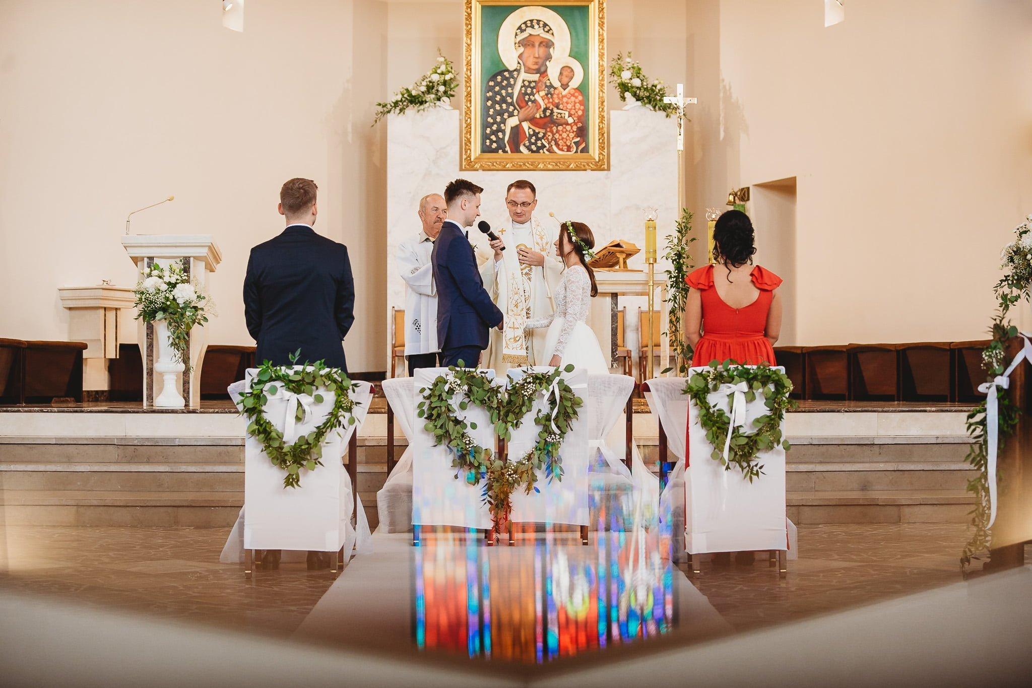 Fantastyczny ślub w stylu rustykalnym, wesele w Kapitańskiej  fotograf ślubny Konin 115