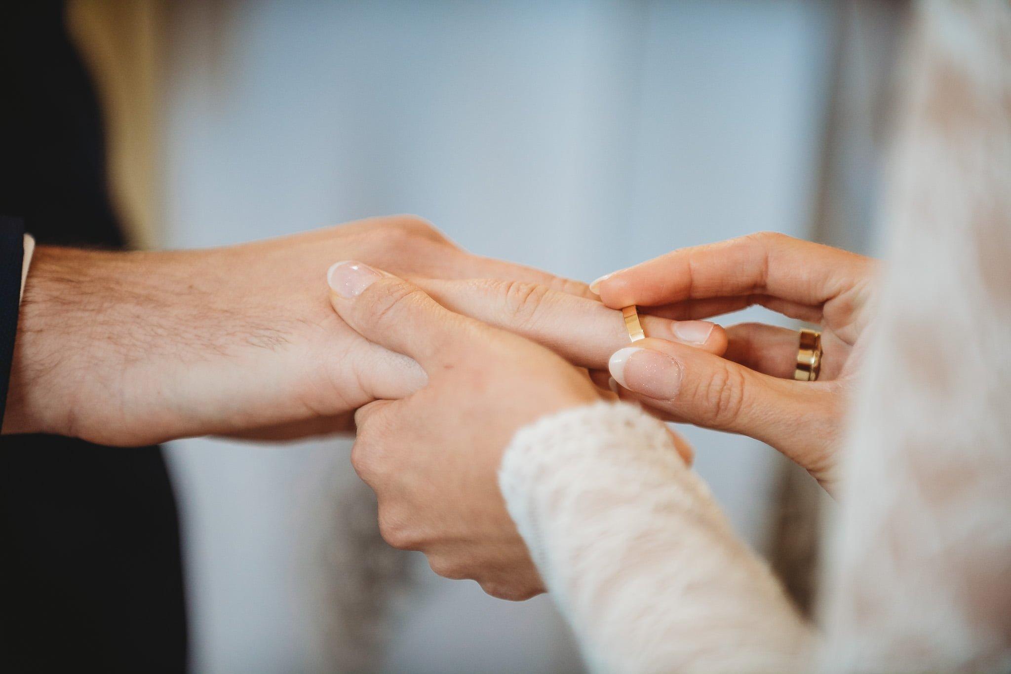 Fantastyczny ślub w stylu rustykalnym, wesele w Kapitańskiej  fotograf ślubny Konin 123