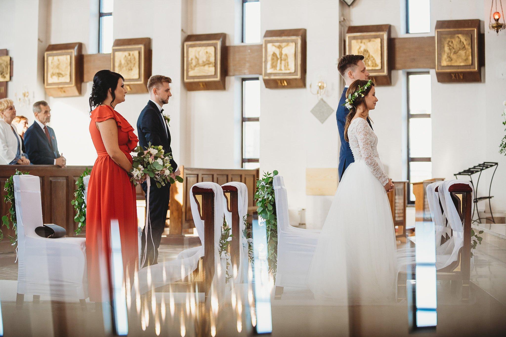 Fantastyczny ślub w stylu rustykalnym, wesele w Kapitańskiej  fotograf ślubny Konin 143