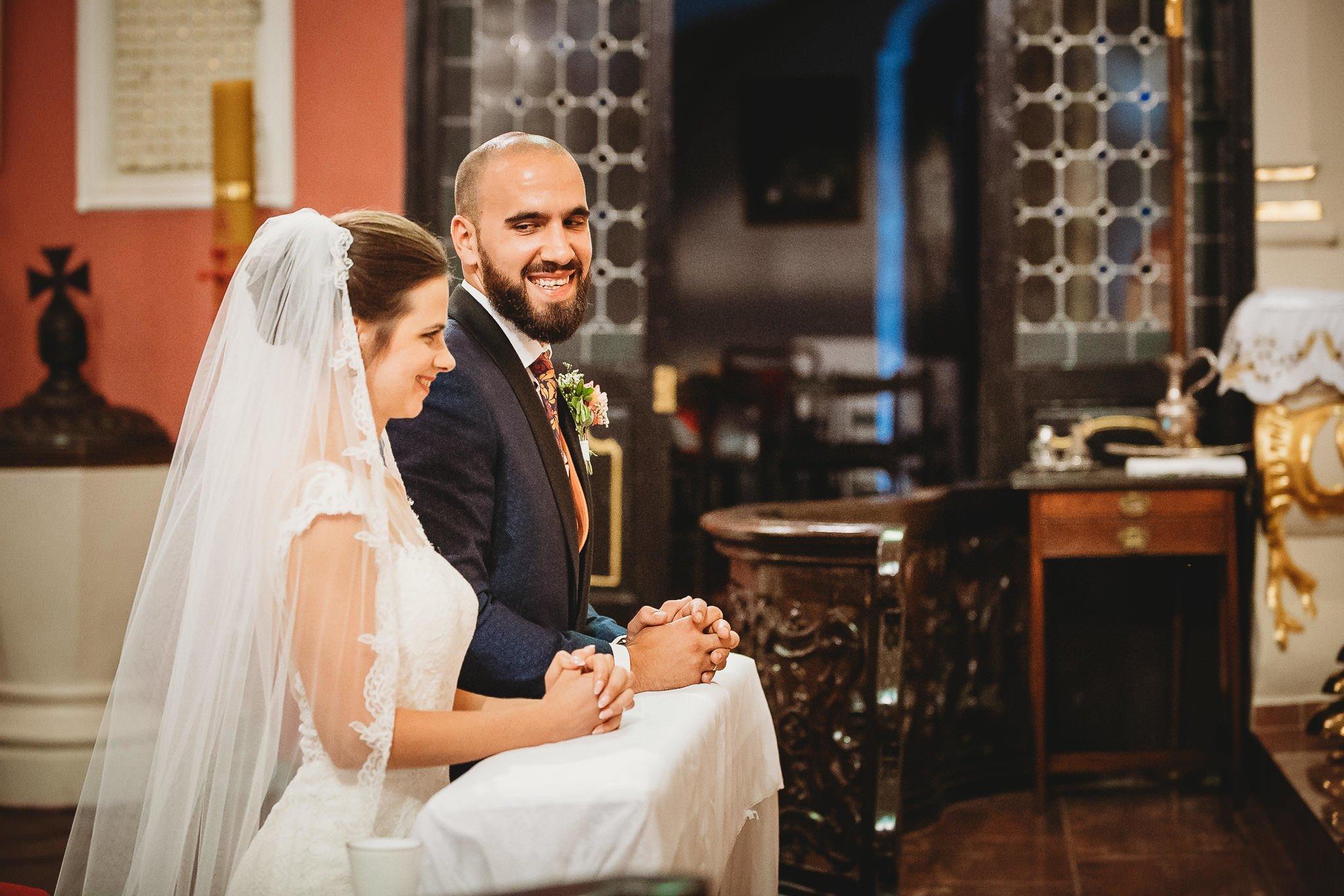 Płacz, łzy, śmiech, szał mieszanka wybuchowych emocji na niezapomnianym ślubie w Jaocinie| fotograf ślubny Konin 183