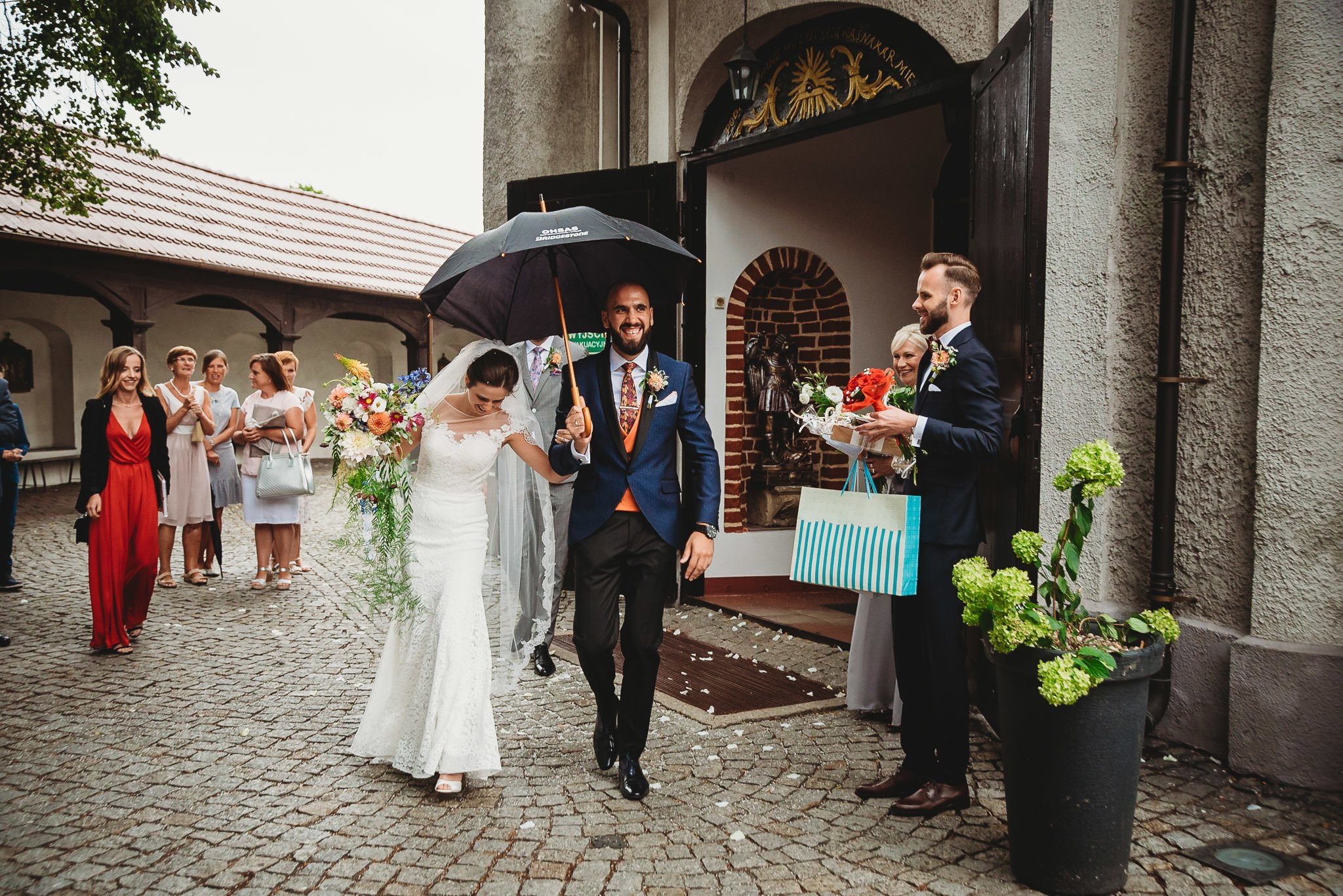 Płacz, łzy, śmiech, szał mieszanka wybuchowych emocji na niezapomnianym ślubie w Jaocinie| fotograf ślubny Konin 216