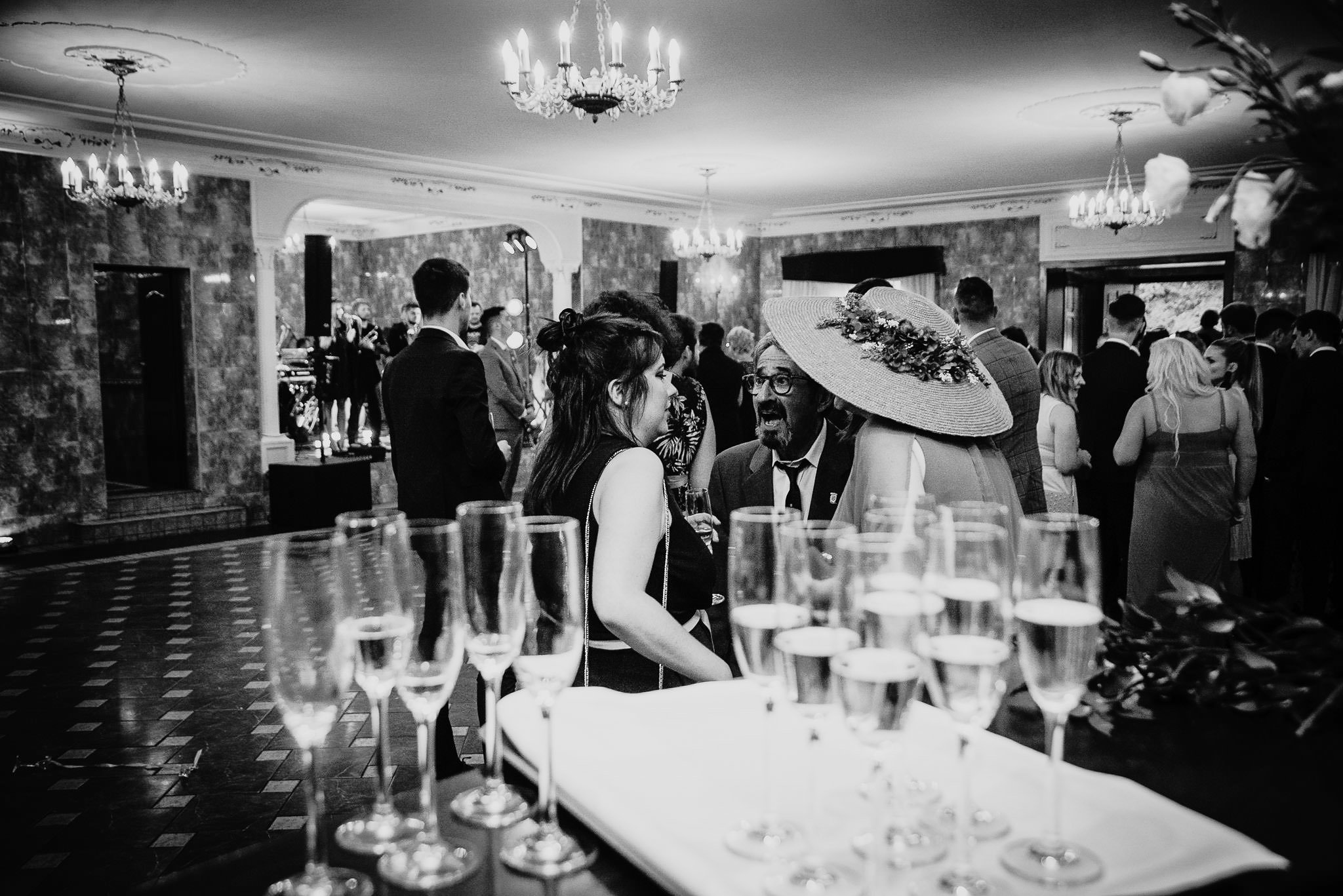 Płacz, łzy, śmiech, szał mieszanka wybuchowych emocji na niezapomnianym ślubie w Jaocinie| fotograf ślubny Konin 268