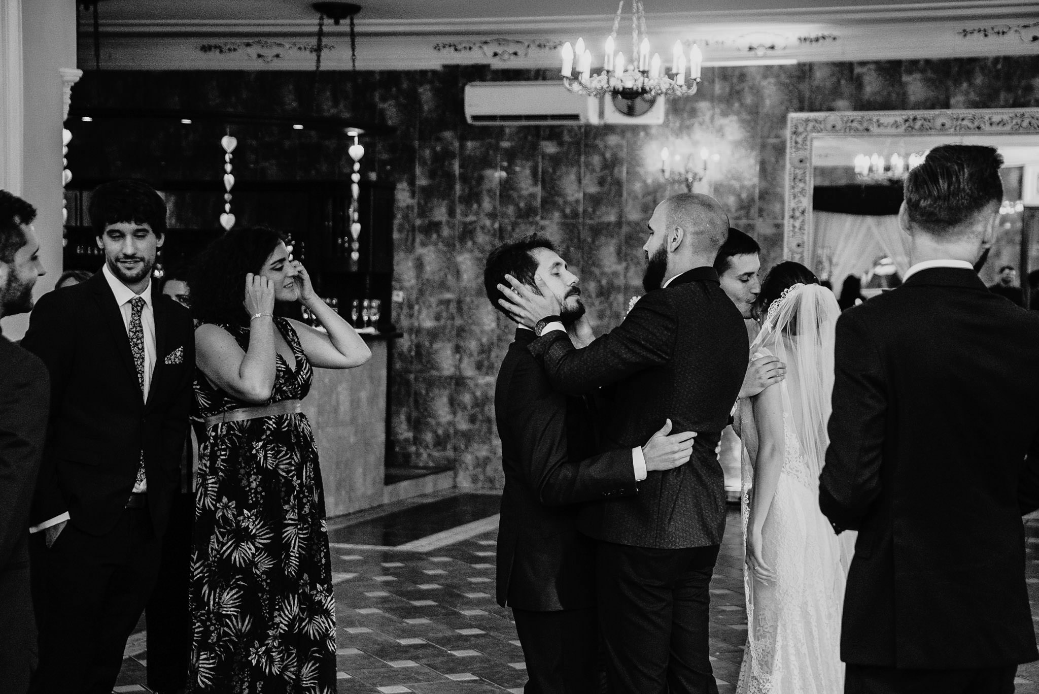Płacz, łzy, śmiech, szał mieszanka wybuchowych emocji na niezapomnianym ślubie w Jaocinie| fotograf ślubny Konin 282