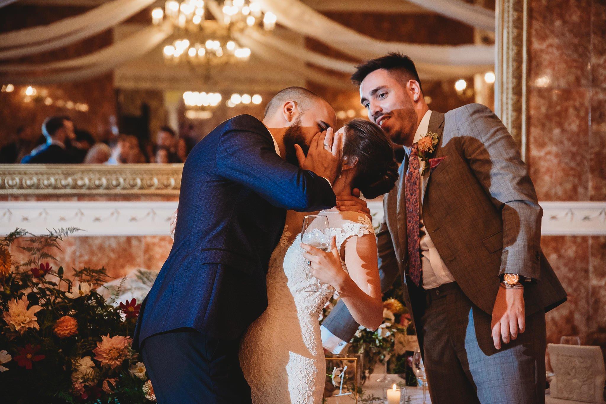 Płacz, łzy, śmiech, szał mieszanka wybuchowych emocji na niezapomnianym ślubie w Jaocinie| fotograf ślubny Konin 304