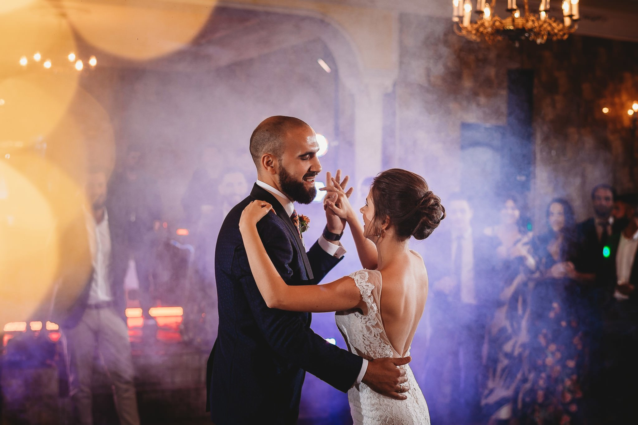 Płacz, łzy, śmiech, szał mieszanka wybuchowych emocji na niezapomnianym ślubie w Jaocinie| fotograf ślubny Konin 314