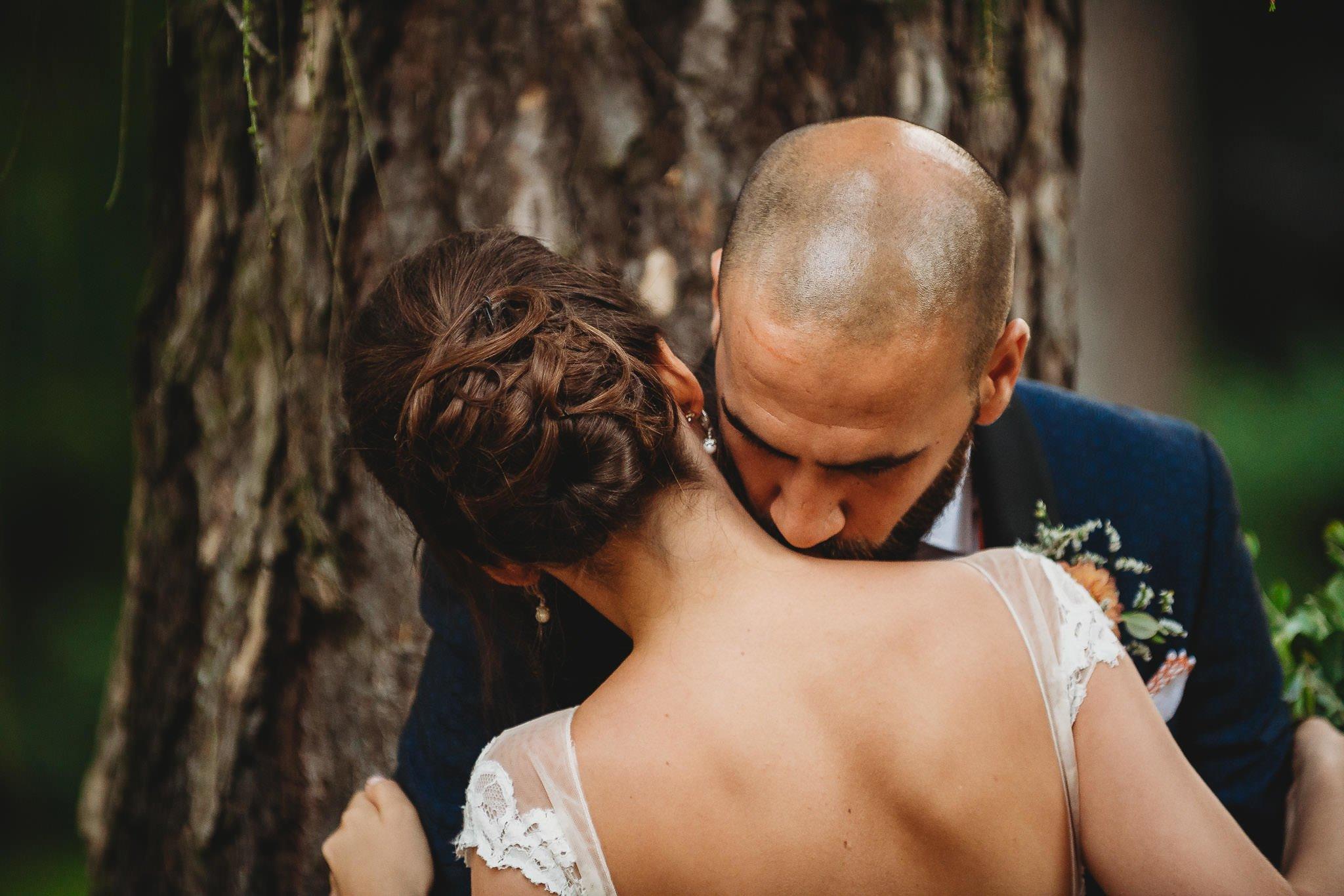 Płacz, łzy, śmiech, szał mieszanka wybuchowych emocji na niezapomnianym ślubie w Jaocinie| fotograf ślubny Konin 373