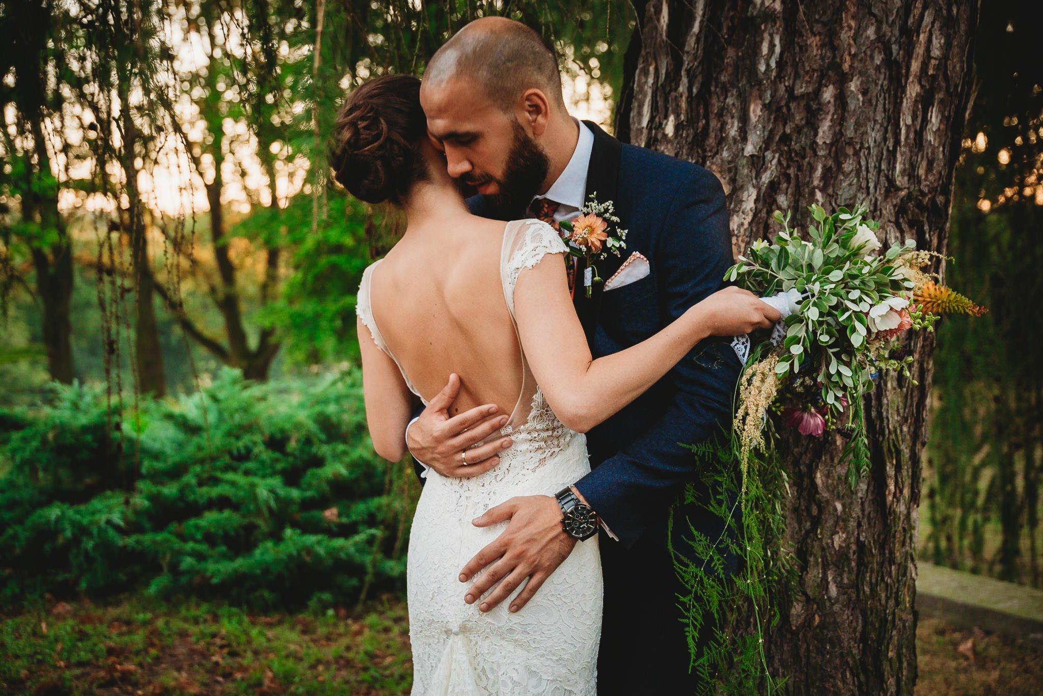 Płacz, łzy, śmiech, szał mieszanka wybuchowych emocji na niezapomnianym ślubie w Jaocinie| fotograf ślubny Konin 375
