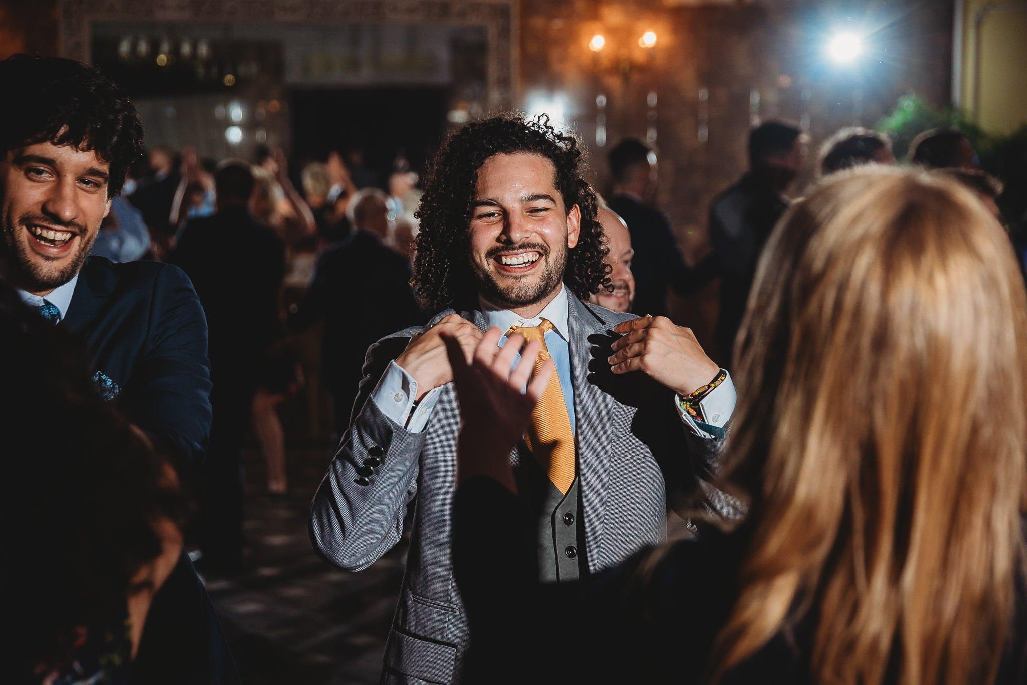 Płacz, łzy, śmiech, szał mieszanka wybuchowych emocji na niezapomnianym ślubie w Jaocinie| fotograf ślubny Konin 430