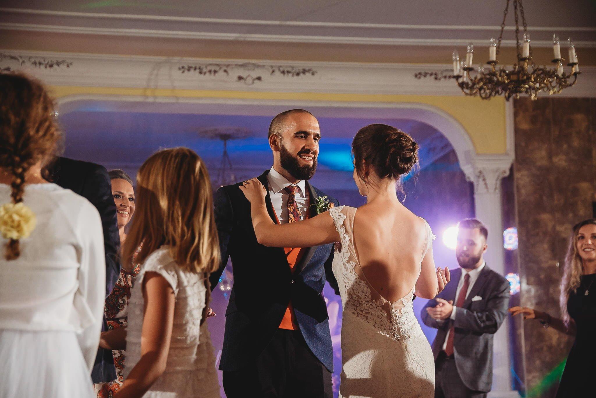 Płacz, łzy, śmiech, szał mieszanka wybuchowych emocji na niezapomnianym ślubie w Jaocinie| fotograf ślubny Konin 485