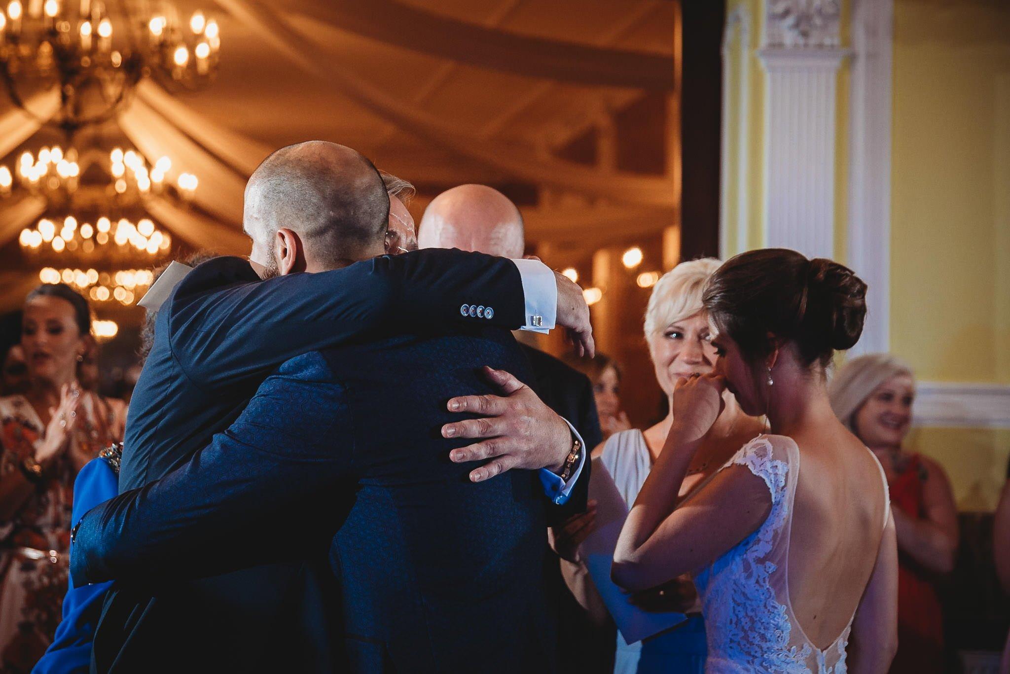 Płacz, łzy, śmiech, szał mieszanka wybuchowych emocji na niezapomnianym ślubie w Jaocinie| fotograf ślubny Konin 511