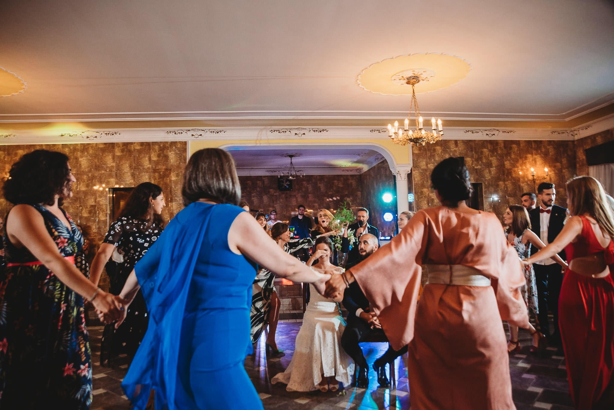 Płacz, łzy, śmiech, szał mieszanka wybuchowych emocji na niezapomnianym ślubie w Jaocinie| fotograf ślubny Konin 582