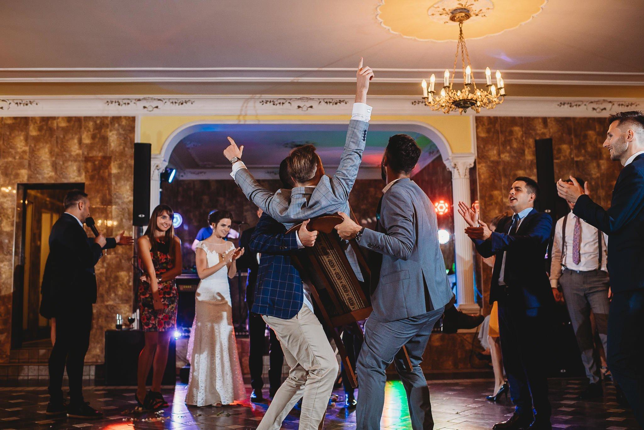 zabawa weselna, emocje, ślub,
