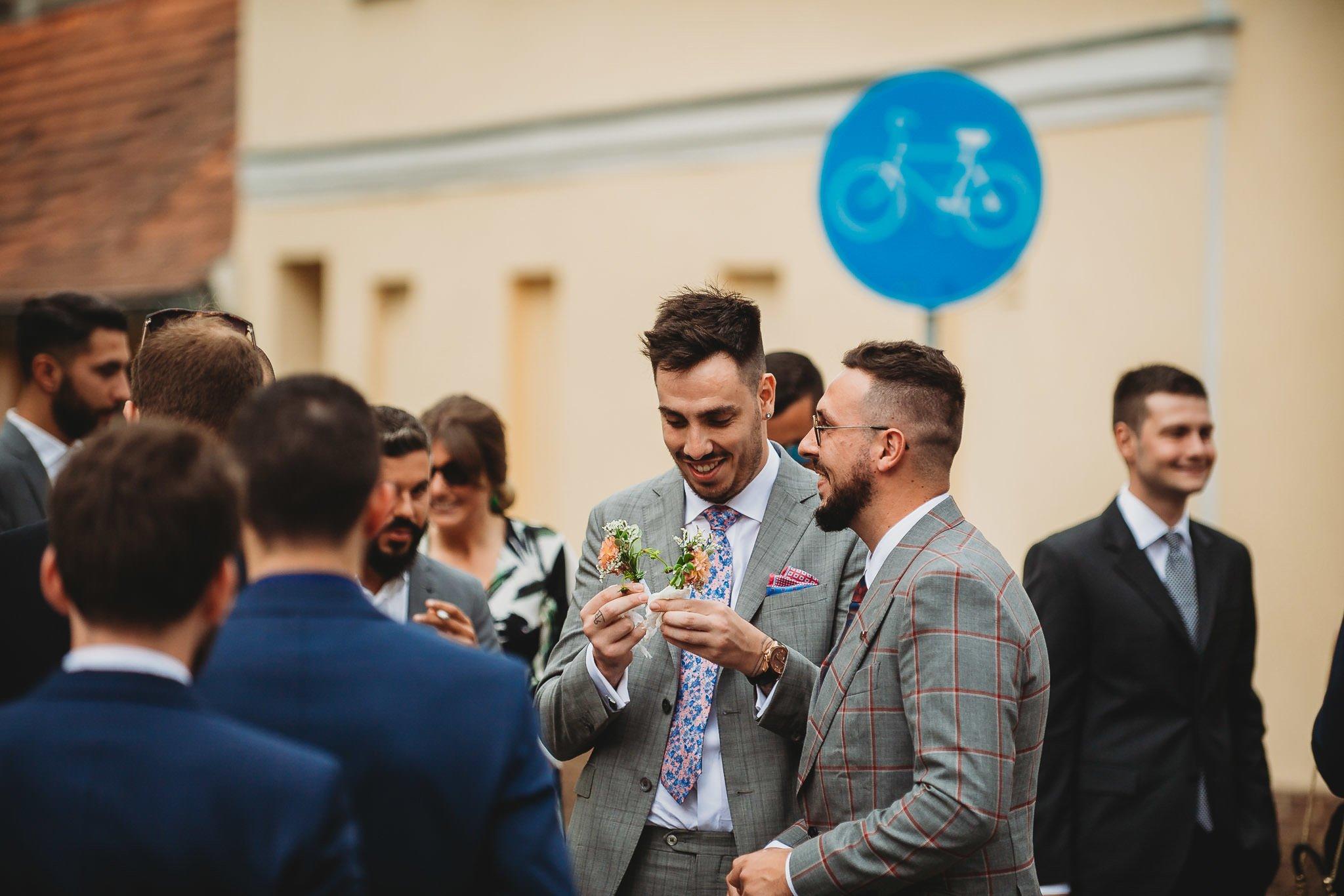 Płacz, łzy, śmiech, szał mieszanka wybuchowych emocji na niezapomnianym ślubie w Jaocinie| fotograf ślubny Konin 69