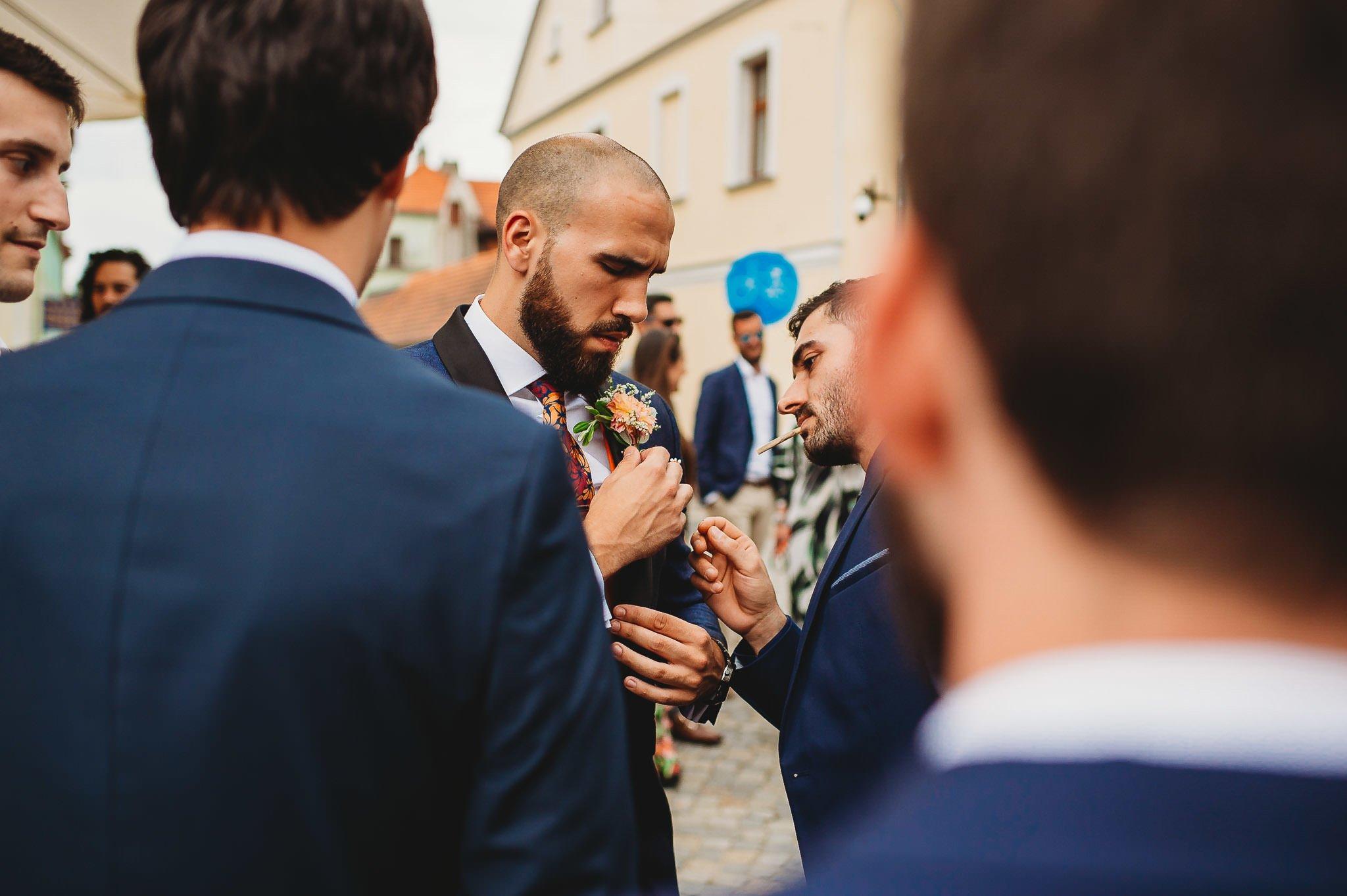 Płacz, łzy, śmiech, szał mieszanka wybuchowych emocji na niezapomnianym ślubie w Jaocinie| fotograf ślubny Konin 71