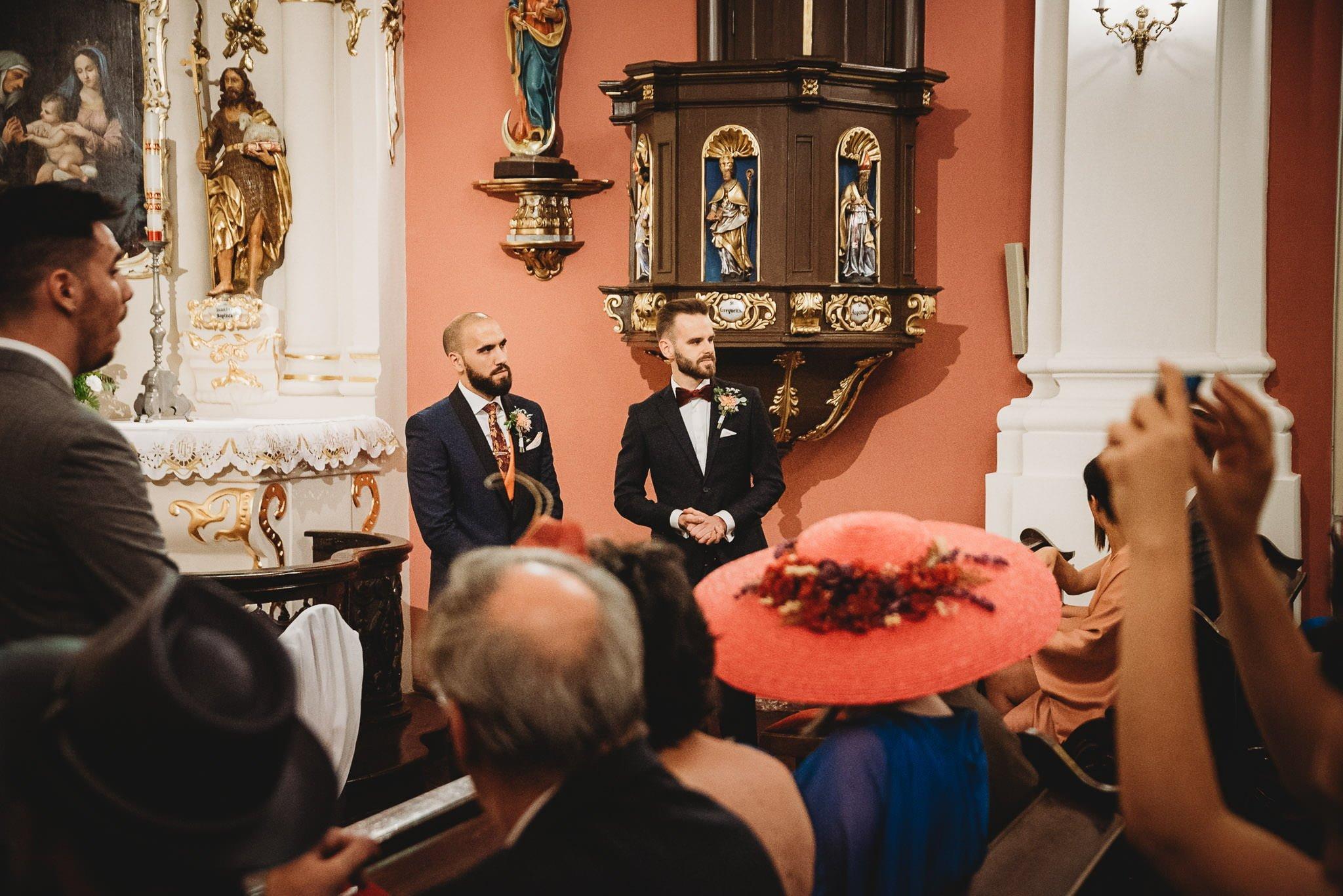 Płacz, łzy, śmiech, szał mieszanka wybuchowych emocji na niezapomnianym ślubie w Jaocinie| fotograf ślubny Konin 109