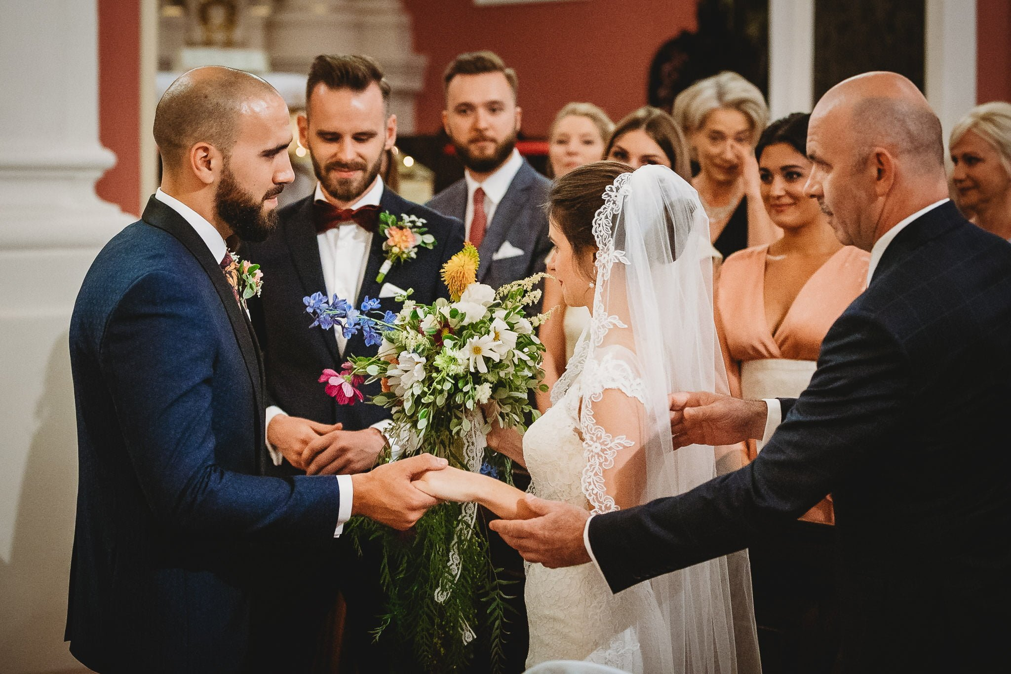 Płacz, łzy, śmiech, szał mieszanka wybuchowych emocji na niezapomnianym ślubie w Jaocinie| fotograf ślubny Konin 115