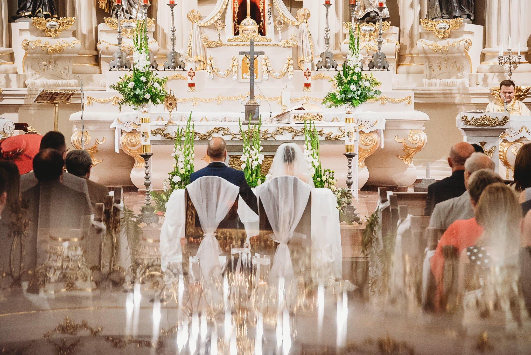 Płacz, łzy, śmiech, szał mieszanka wybuchowych emocji na niezapomnianym ślubie w Jaocinie| fotograf ślubny Konin 121
