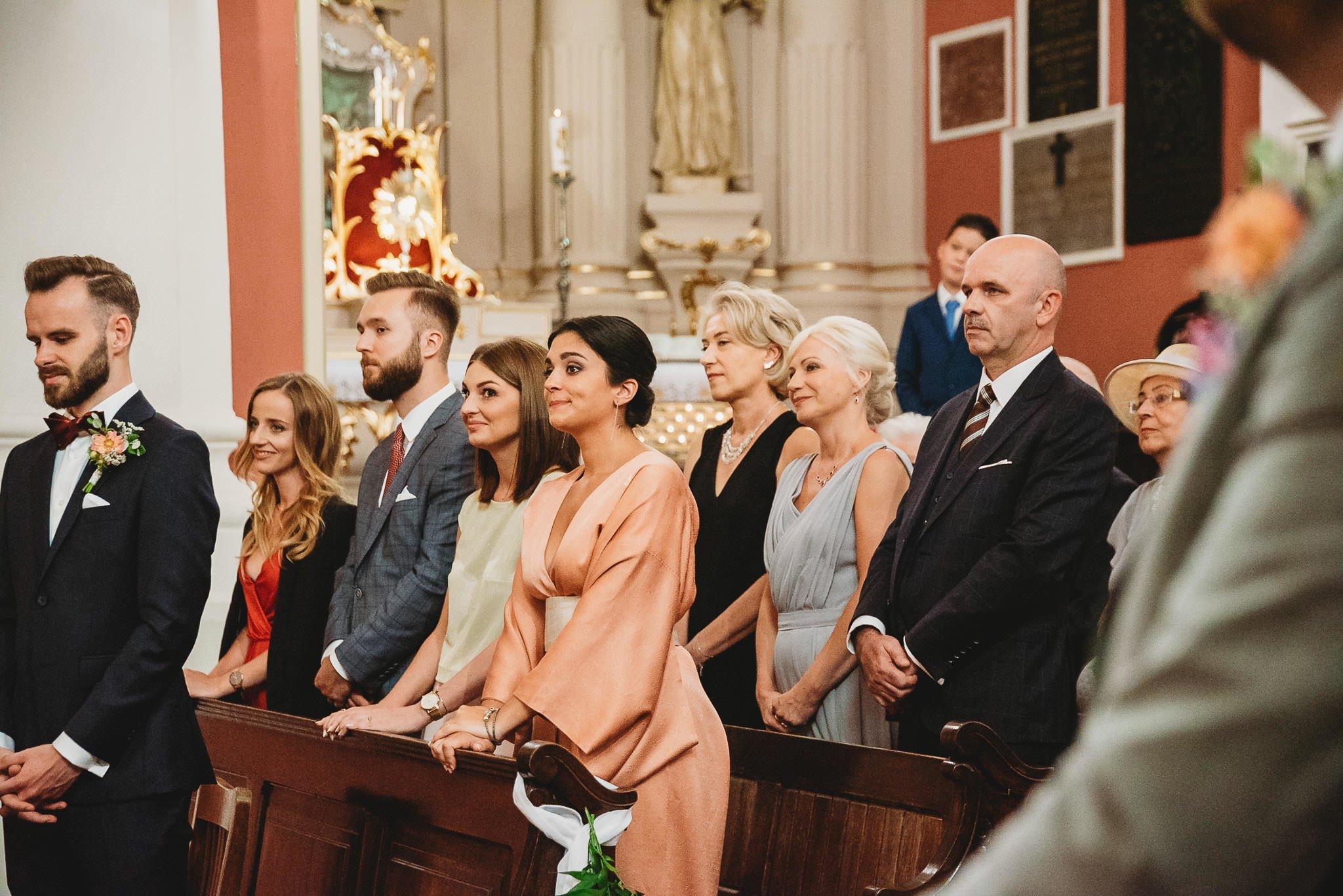 Płacz, łzy, śmiech, szał mieszanka wybuchowych emocji na niezapomnianym ślubie w Jaocinie| fotograf ślubny Konin 143