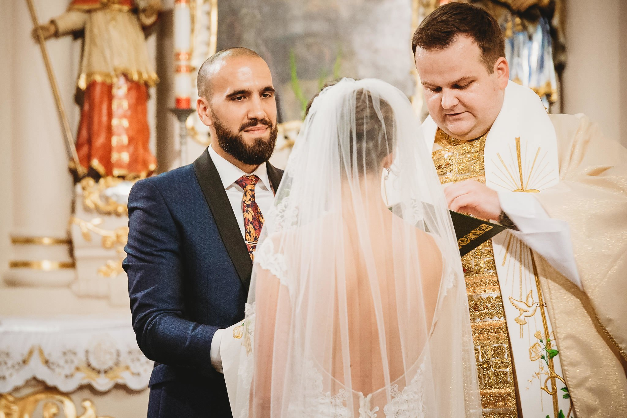 Płacz, łzy, śmiech, szał mieszanka wybuchowych emocji na niezapomnianym ślubie w Jaocinie| fotograf ślubny Konin 147