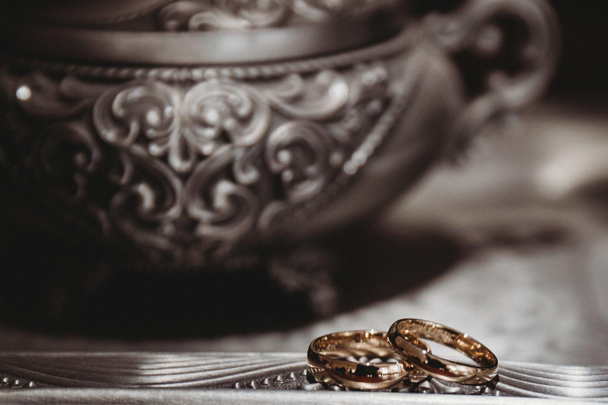 obrączki ślubne, przygotowania do ślubu.