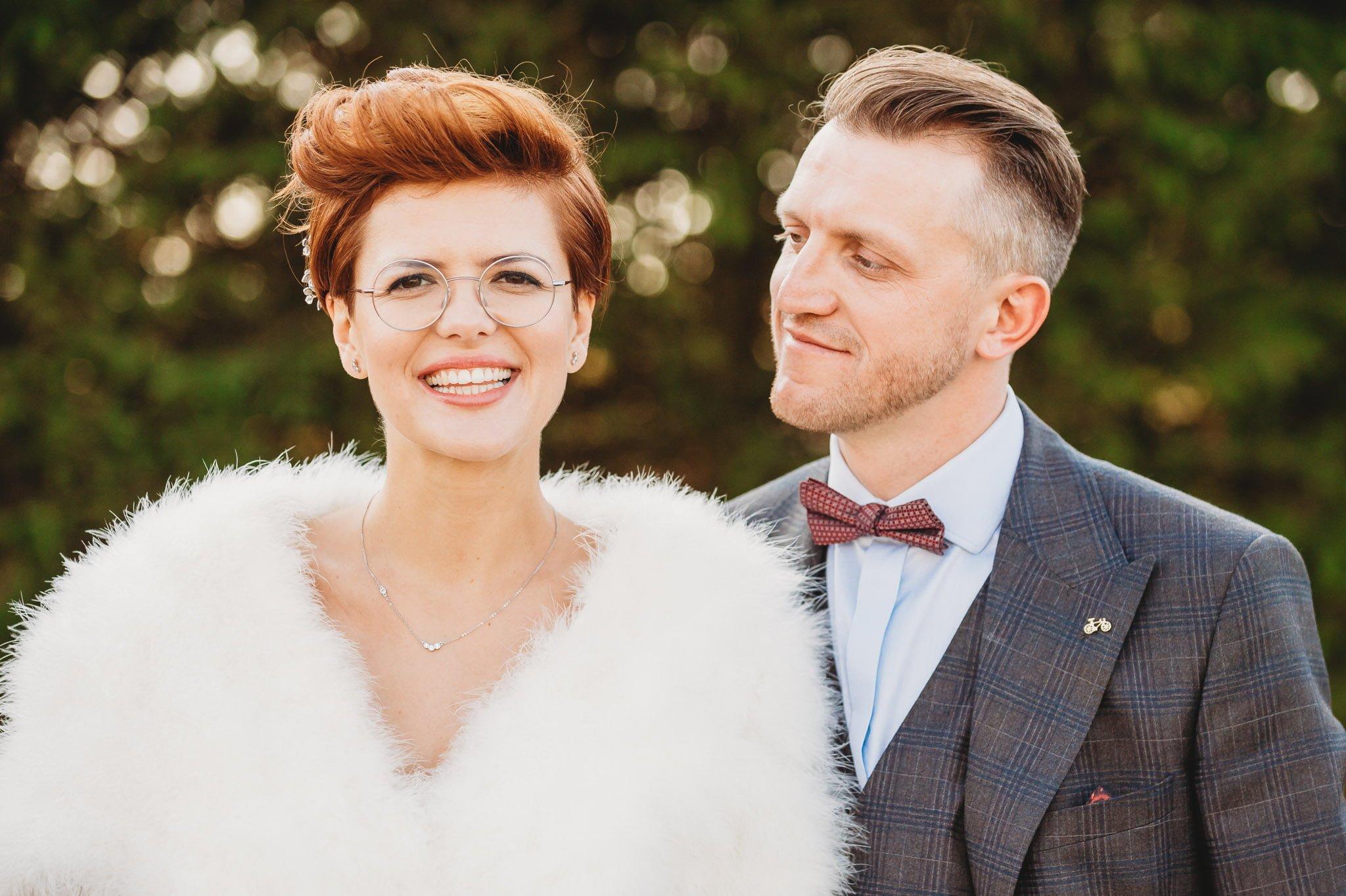 mini sesja plenerowa wykonana w dniu ślubu, fotograf ślubny Poznań