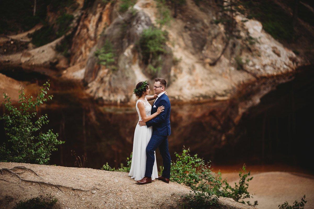 Mustangiem do ślubu! Plener ślubny Asi i Tomka - Kolorowe Jeziorka. 257