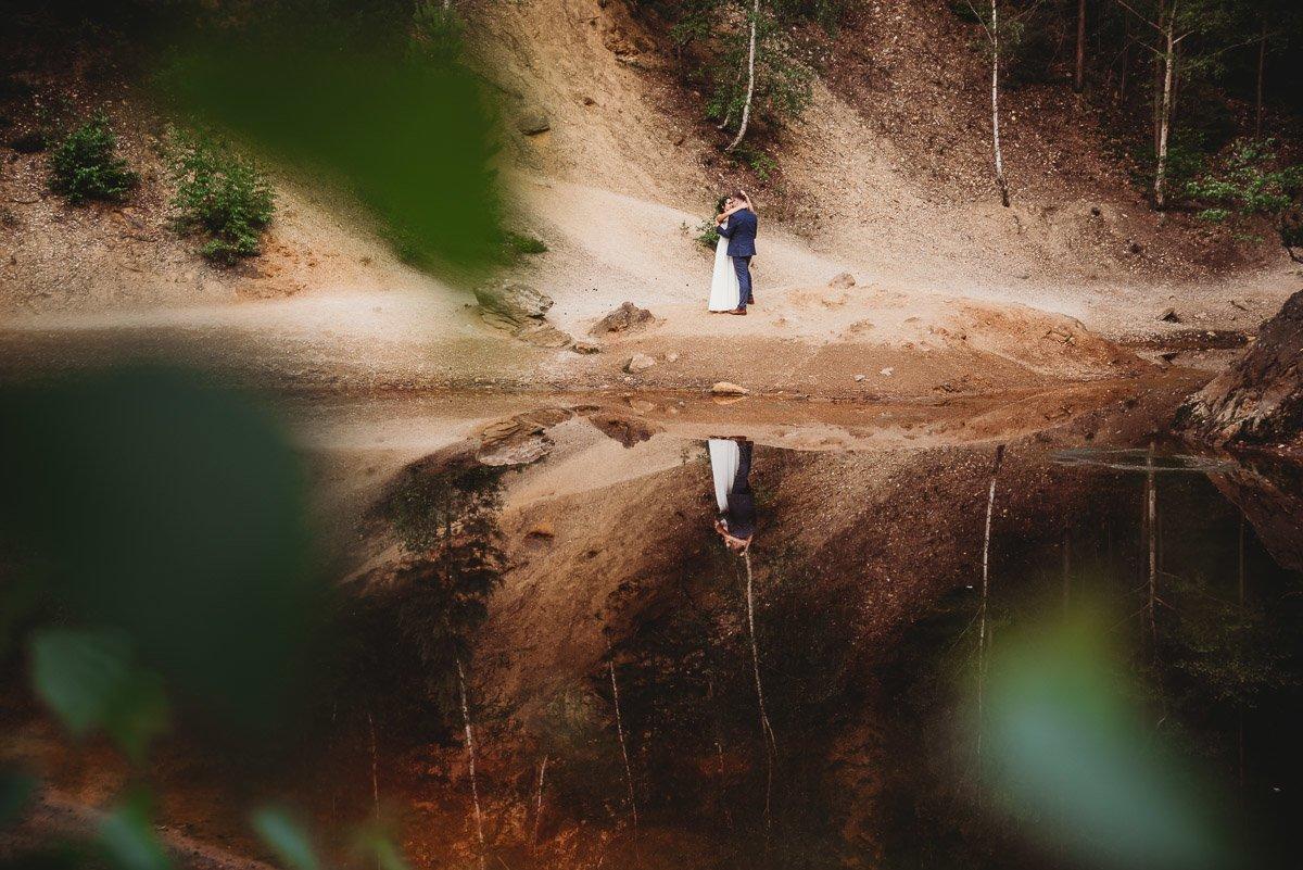 Mustangiem do ślubu! Plener ślubny Asi i Tomka - Kolorowe Jeziorka. 301