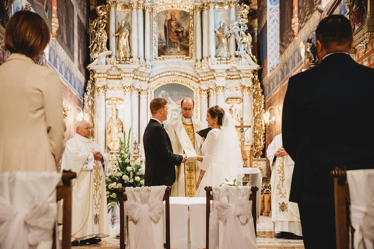 Dorota i Tomasz-wesele Hotel Kristoff Kalisz, sesja ślubna w Lubiążu 137