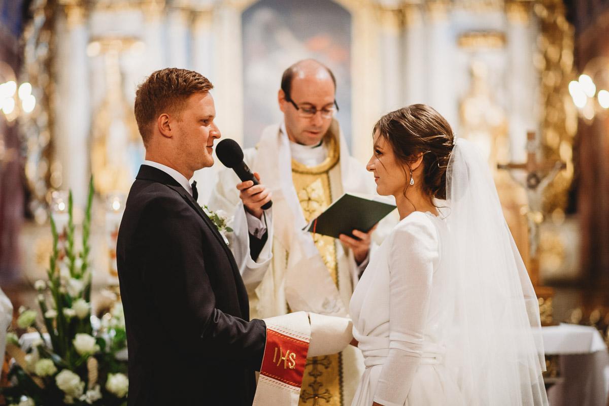 Dorota i Tomasz-wesele Hotel Kristoff Kalisz, sesja ślubna w Lubiążu 141