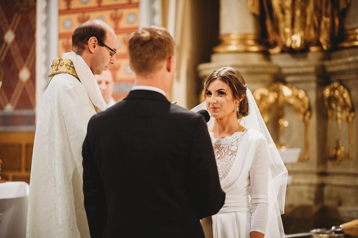 Dorota i Tomasz-wesele Hotel Kristoff Kalisz, sesja ślubna w Lubiążu 143
