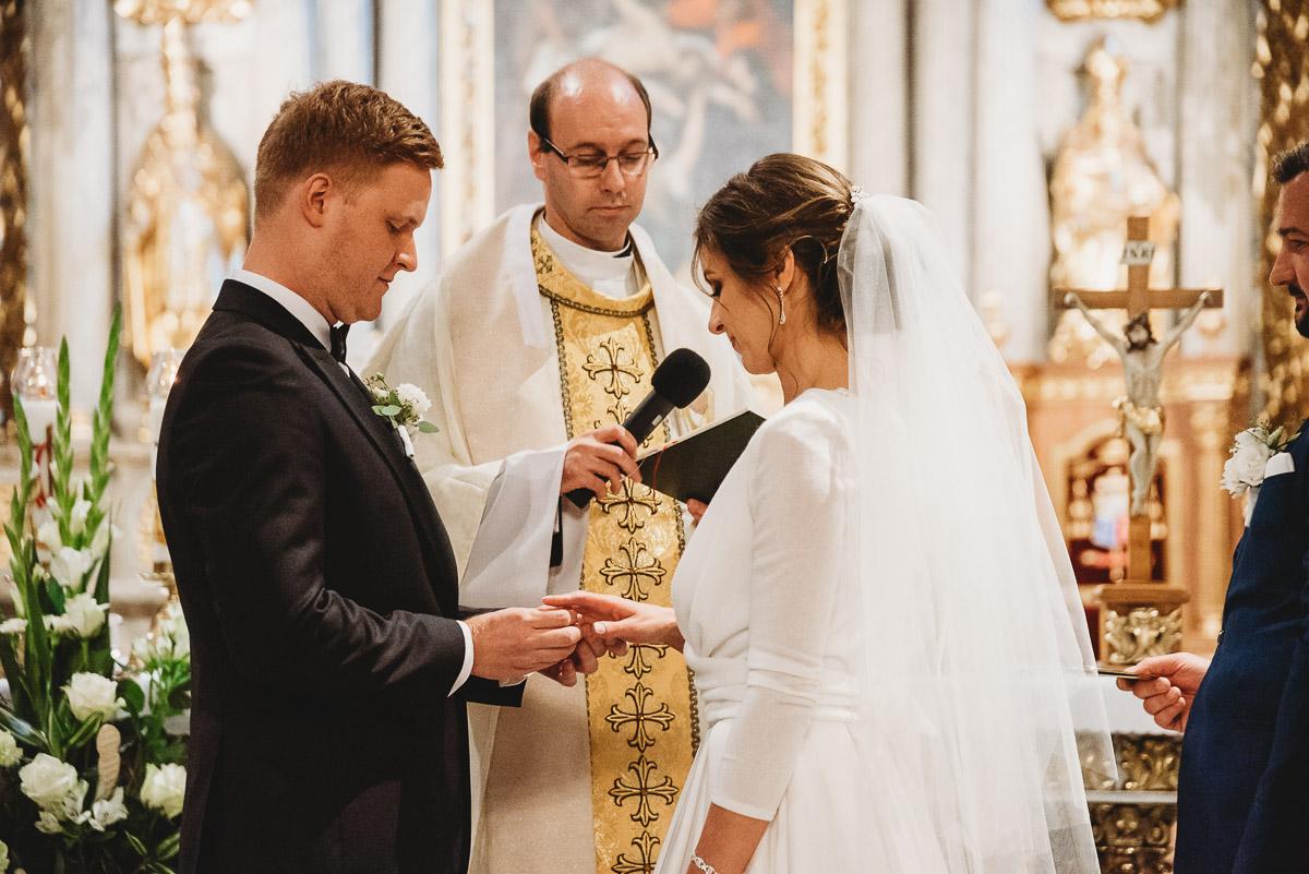 Dorota i Tomasz-wesele Hotel Kristoff Kalisz, sesja ślubna w Lubiążu 155
