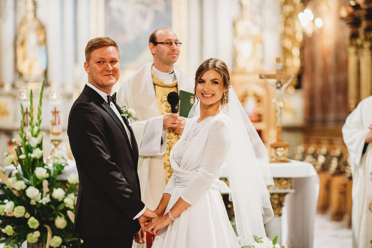 Dorota i Tomasz-wesele Hotel Kristoff Kalisz, sesja ślubna w Lubiążu 159