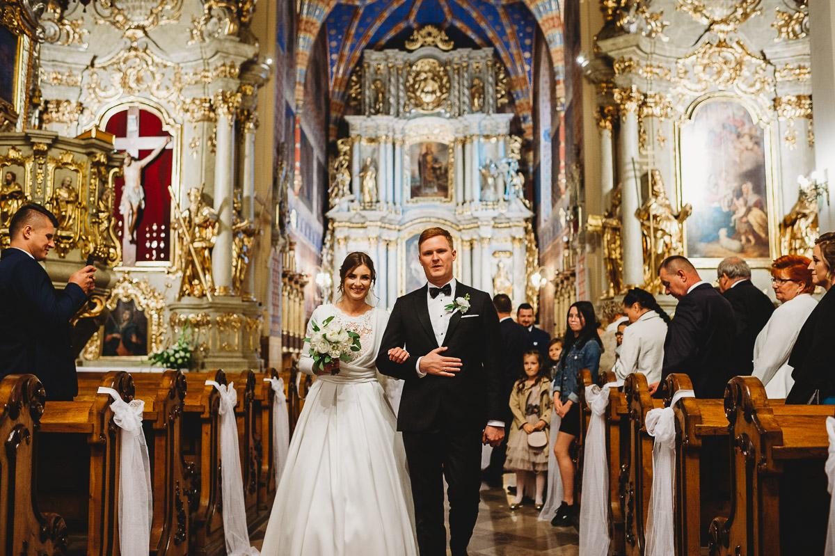 Dorota i Tomasz-wesele Hotel Kristoff Kalisz, sesja ślubna w Lubiążu 171