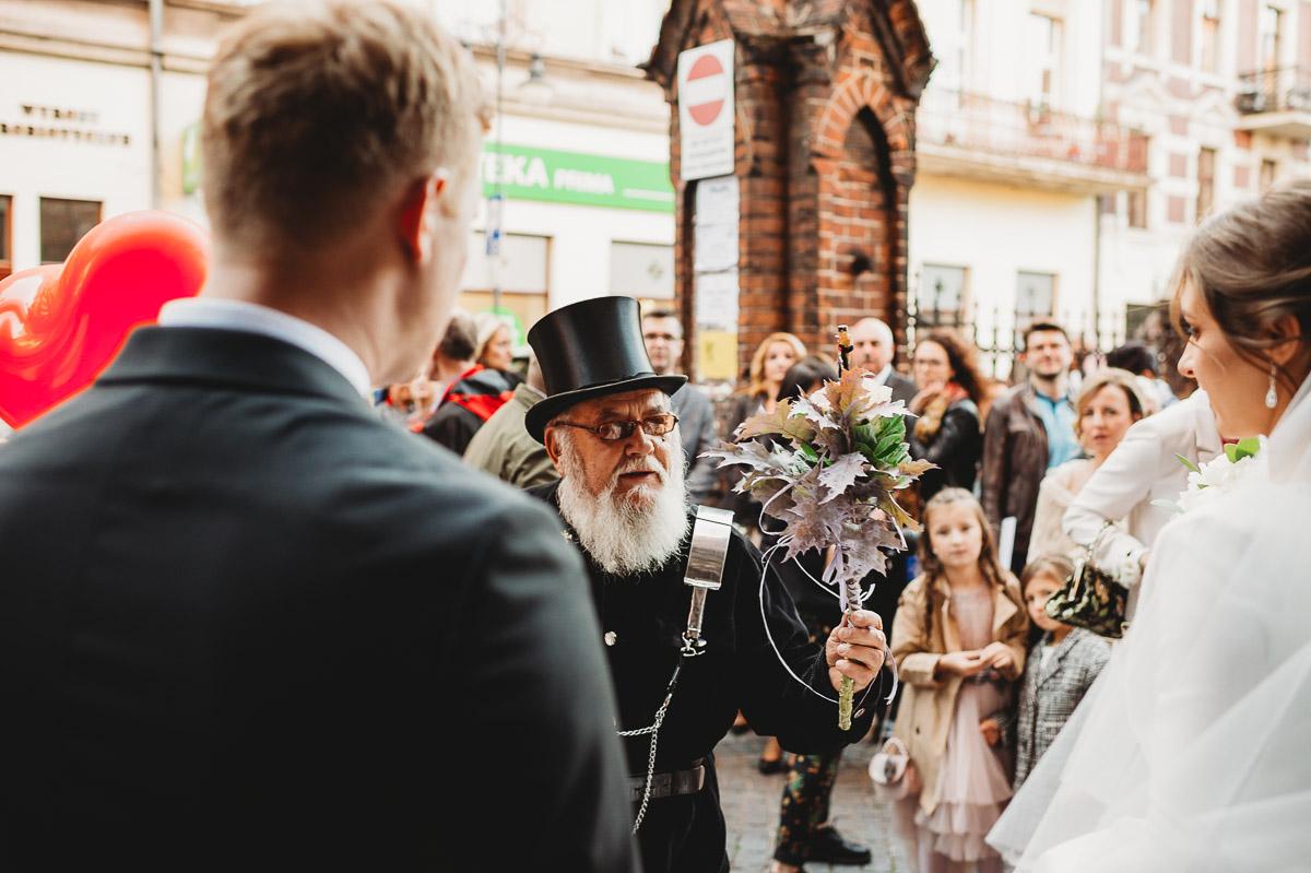 Dorota i Tomasz-wesele Hotel Kristoff Kalisz, sesja ślubna w Lubiążu 177