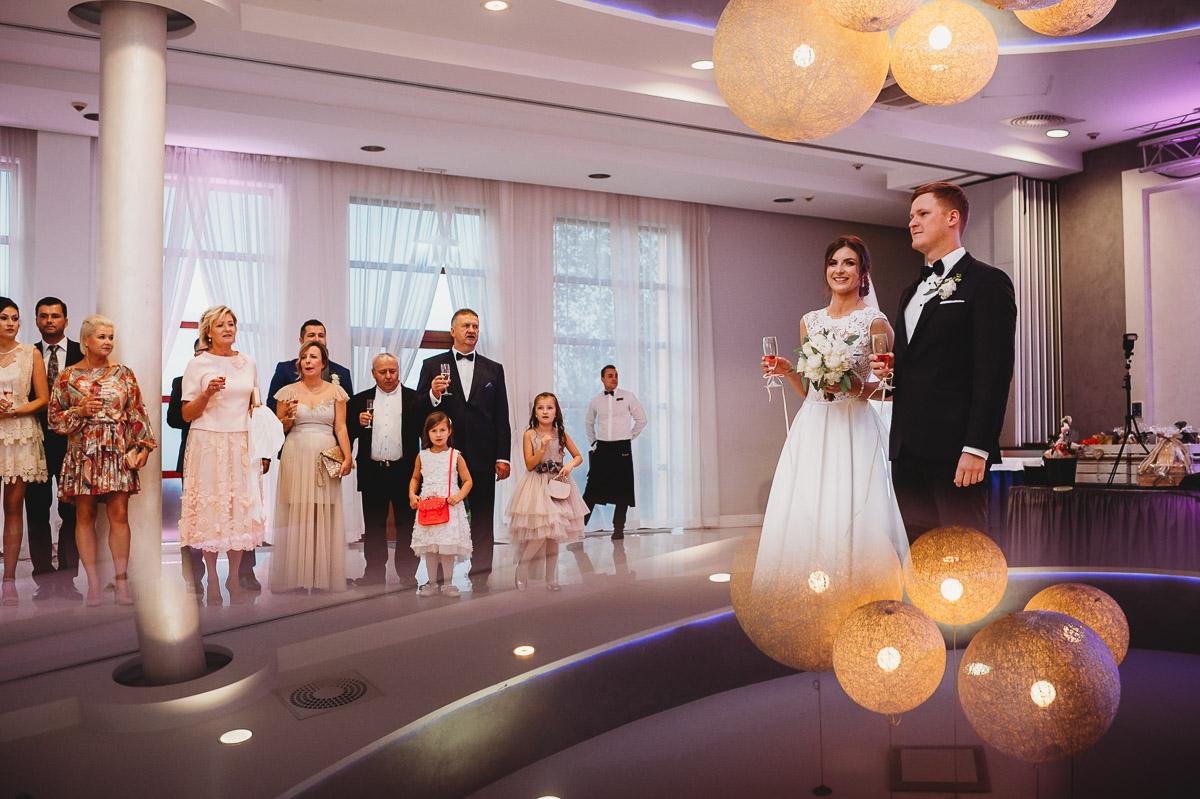 Dorota i Tomasz-wesele Hotel Kristoff Kalisz, sesja ślubna w Lubiążu 201