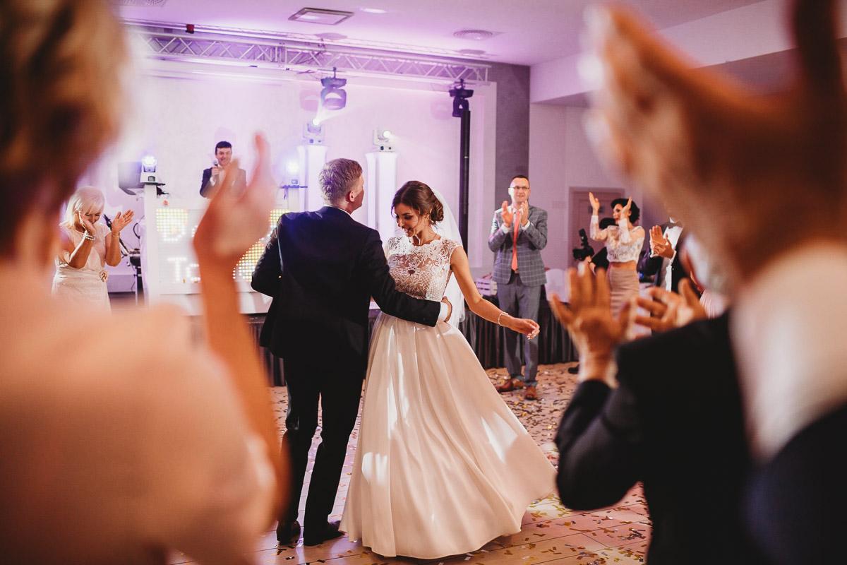 Dorota i Tomasz-wesele Hotel Kristoff Kalisz, sesja ślubna w Lubiążu 223