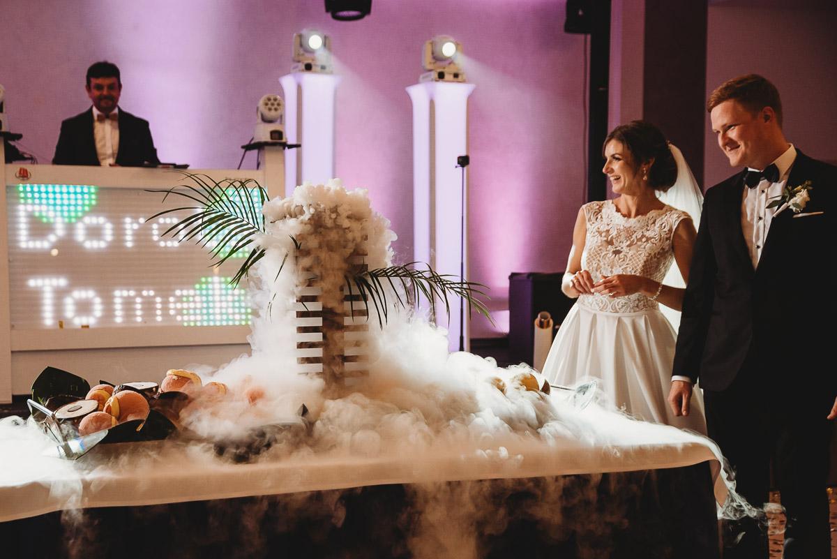 Dorota i Tomasz-wesele Hotel Kristoff Kalisz, sesja ślubna w Lubiążu 241
