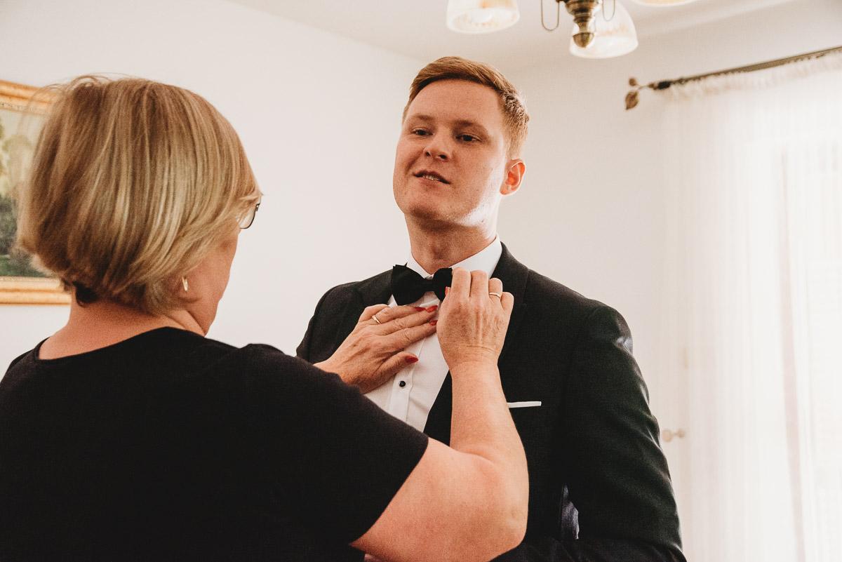 Dorota i Tomasz-wesele Hotel Kristoff Kalisz, sesja ślubna w Lubiążu 25