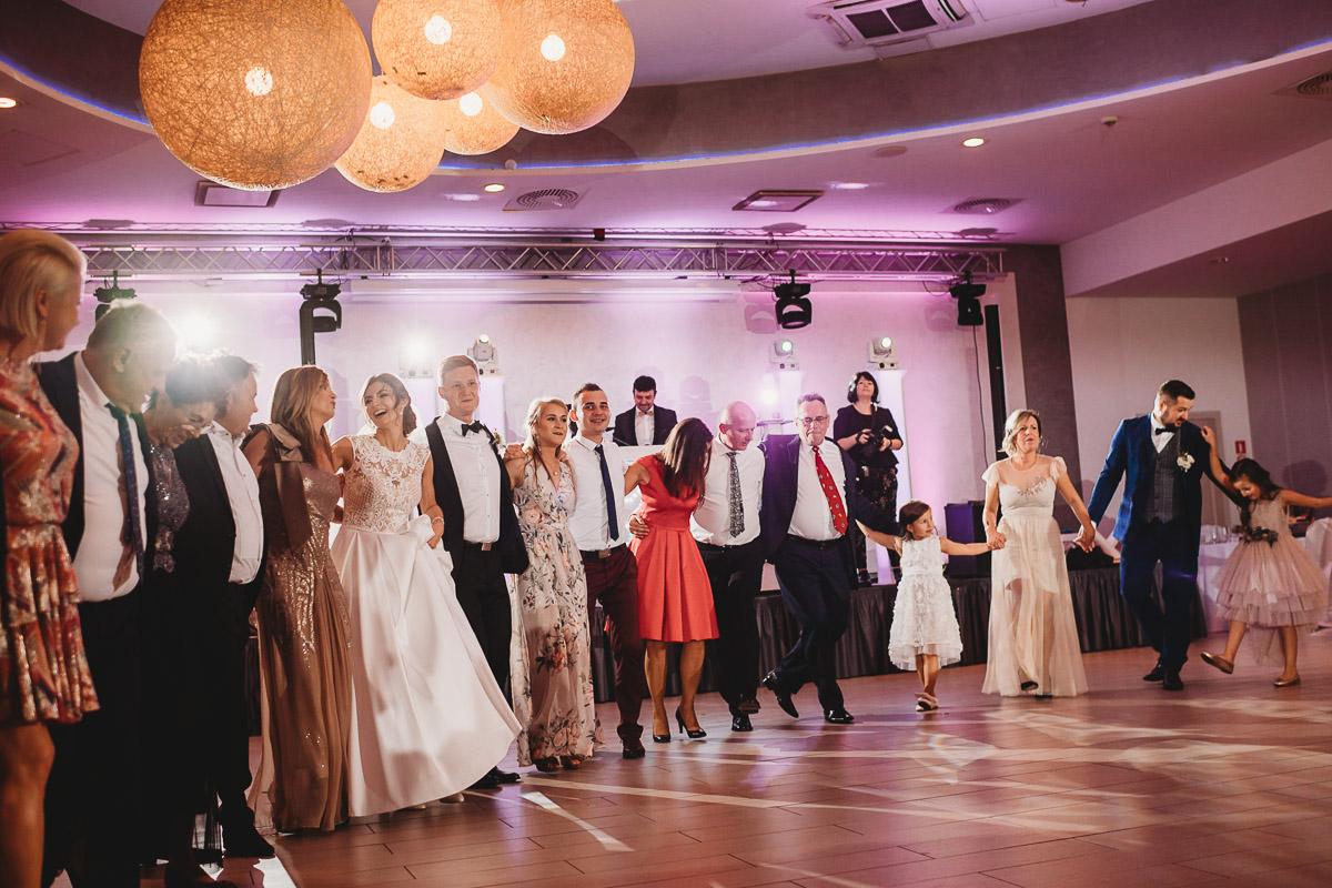 Dorota i Tomasz-wesele Hotel Kristoff Kalisz, sesja ślubna w Lubiążu 293