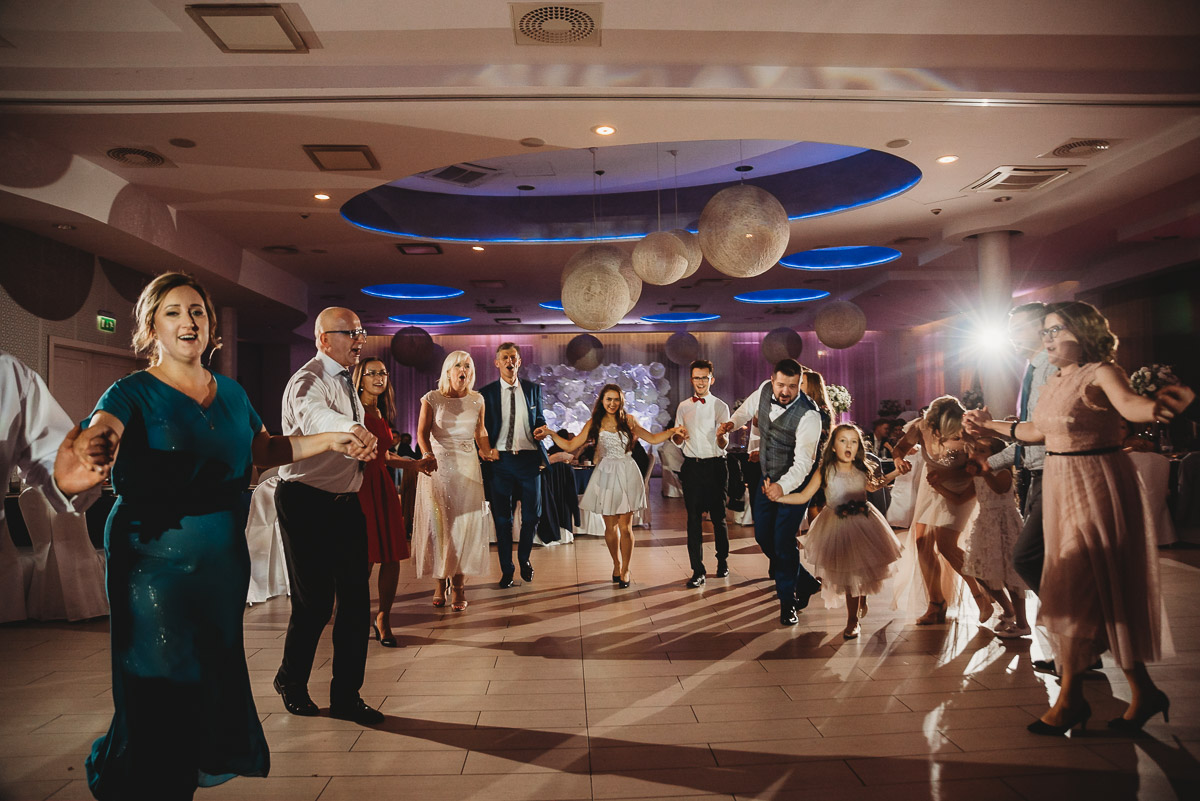 Dorota i Tomasz-wesele Hotel Kristoff Kalisz, sesja ślubna w Lubiążu 389