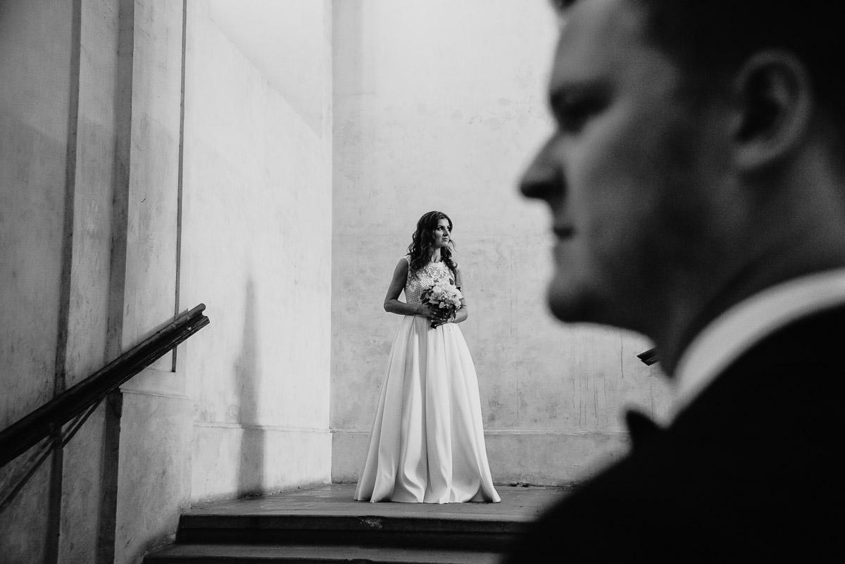 Dorota i Tomasz-wesele Hotel Kristoff Kalisz, sesja ślubna w Lubiążu 399