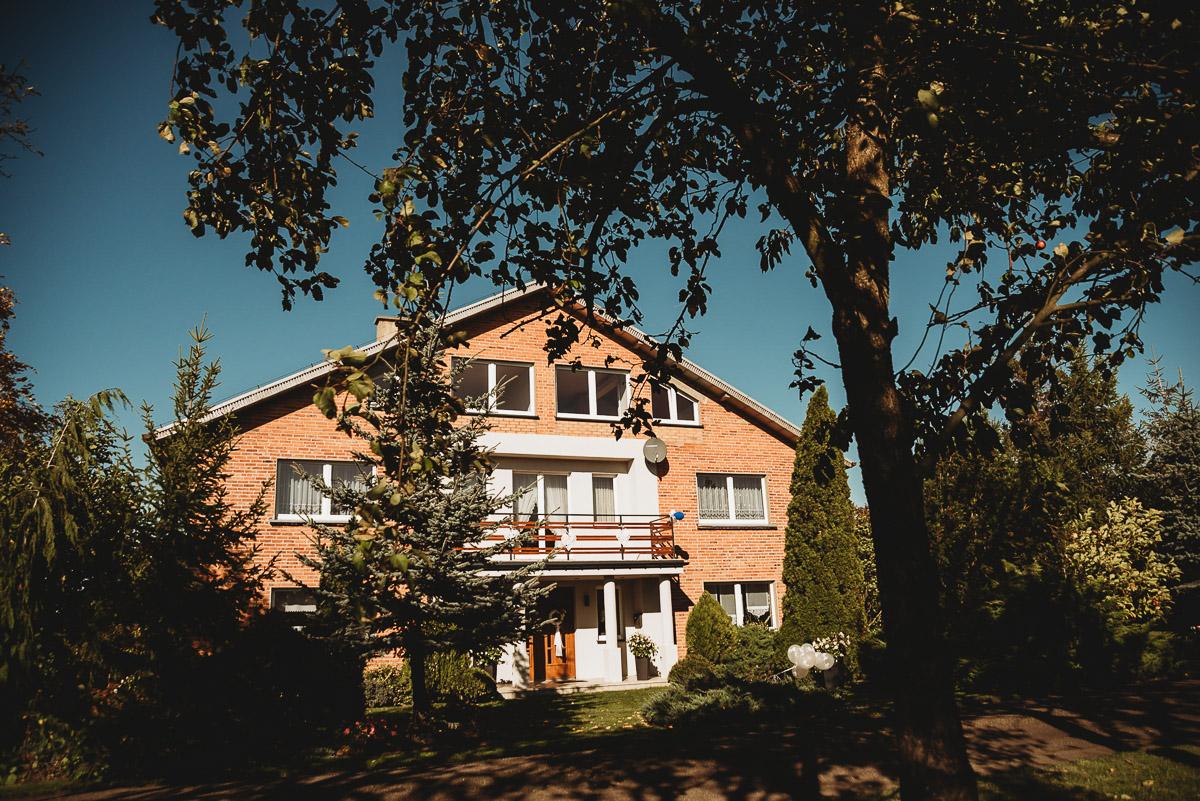 Dorota i Tomasz-wesele Hotel Kristoff Kalisz, sesja ślubna w Lubiążu 37