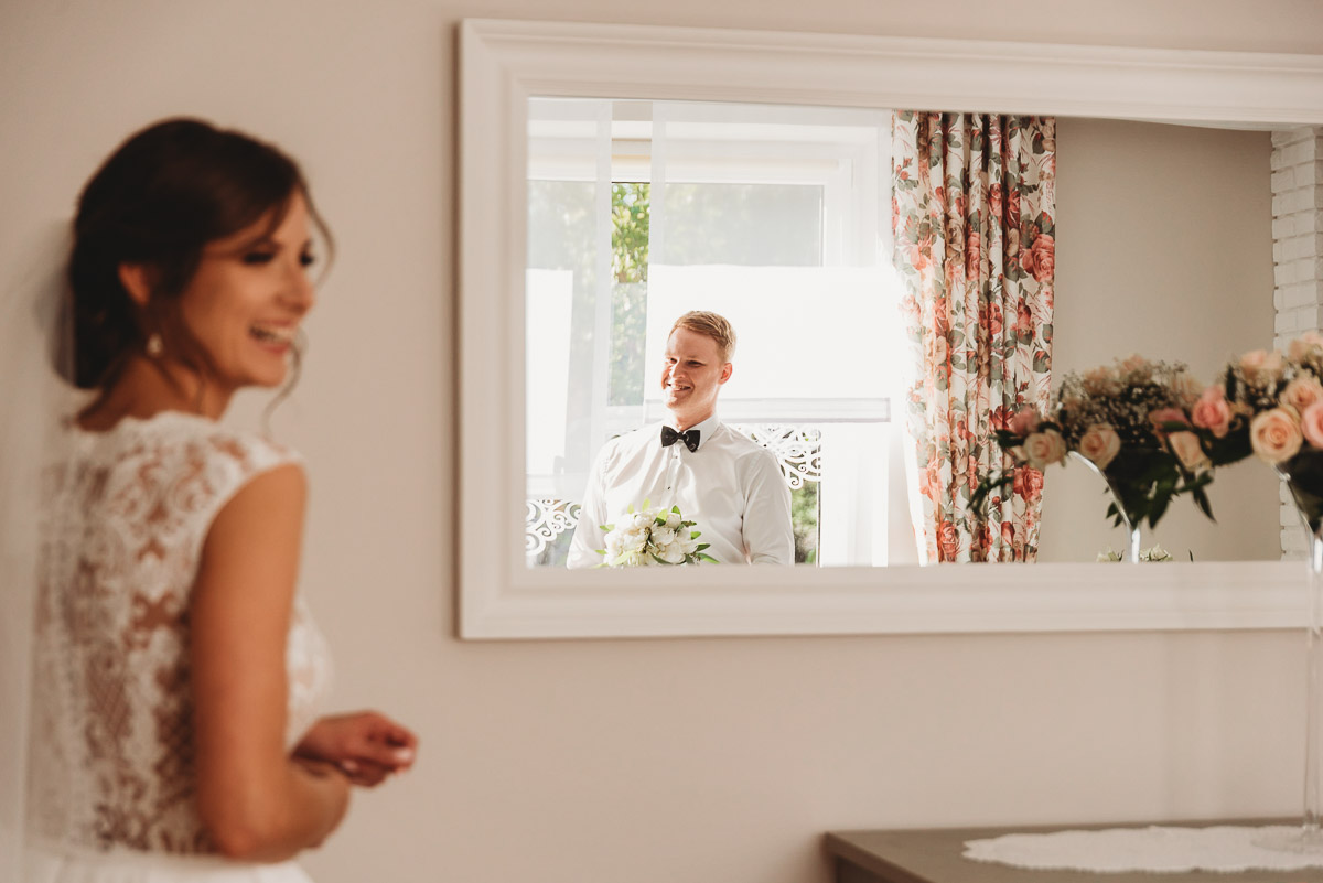 Dorota i Tomasz-wesele Hotel Kristoff Kalisz, sesja ślubna w Lubiążu 77