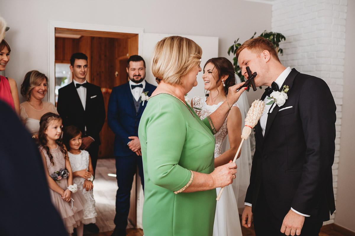 Dorota i Tomasz-wesele Hotel Kristoff Kalisz, sesja ślubna w Lubiążu 95