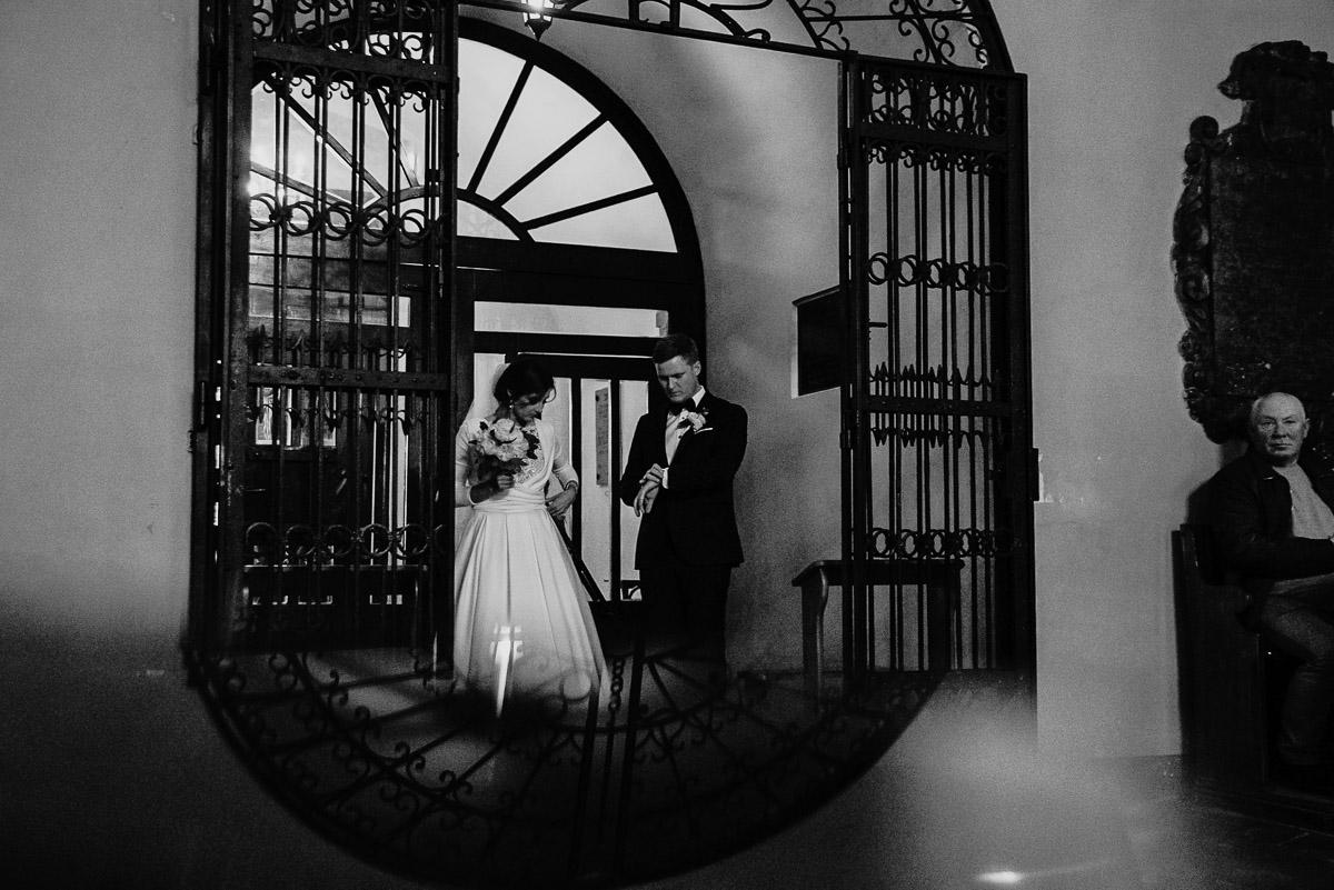 Dorota i Tomasz-wesele Hotel Kristoff Kalisz, sesja ślubna w Lubiążu 121