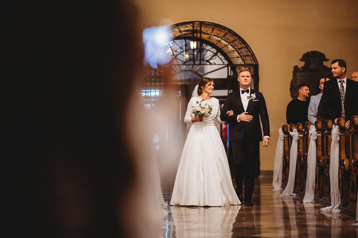 Dorota i Tomasz-wesele Hotel Kristoff Kalisz, sesja ślubna w Lubiążu 125